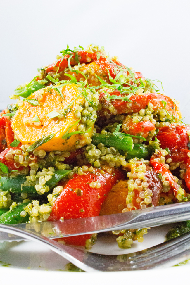 Quinoa Salad - Superfood quinoa salad. Healthy, vegetarian, gluten-free & 9 amino acids. TASTY!!
