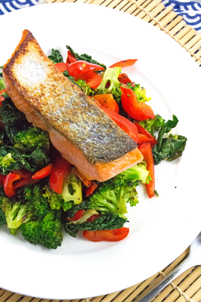 Low-Carb Salmon Recipe - Essential Vits D, B1, B6 & B12. High protein and Omega-3 fats! Superfood Salmon!
