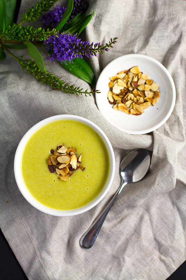 Easy Curried Coconut and Cauliflower Soup