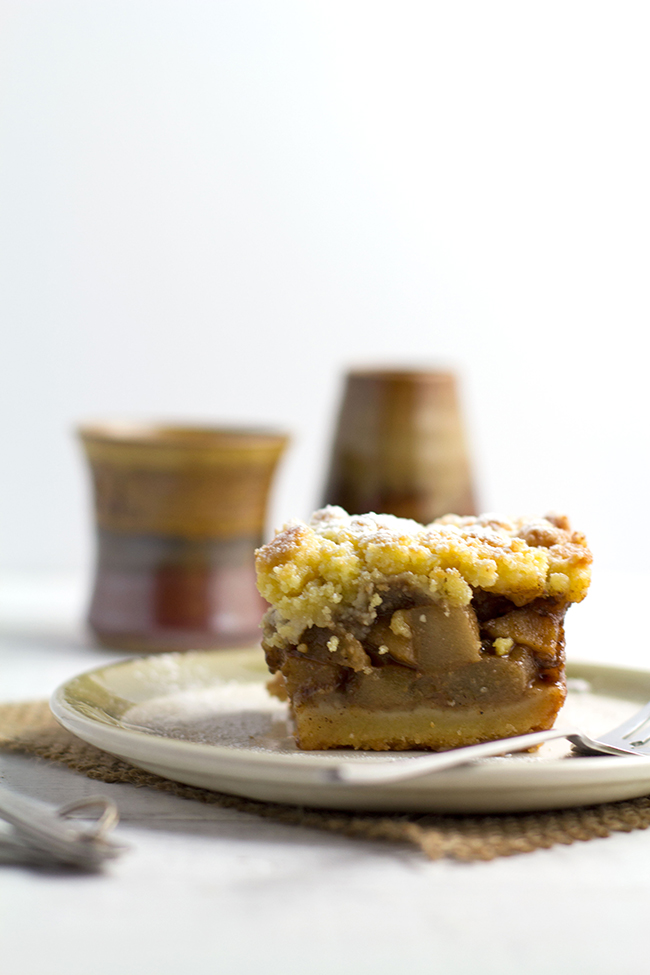 Spiced Apple and Pear Crumble Slice